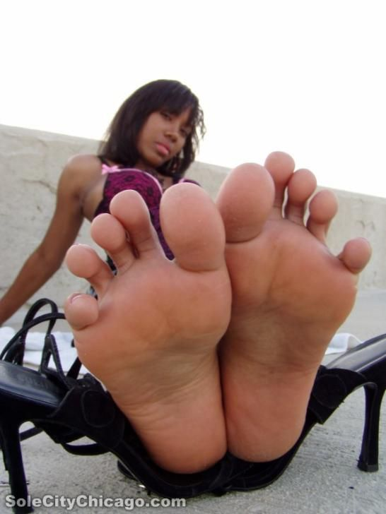 Ebony women feet