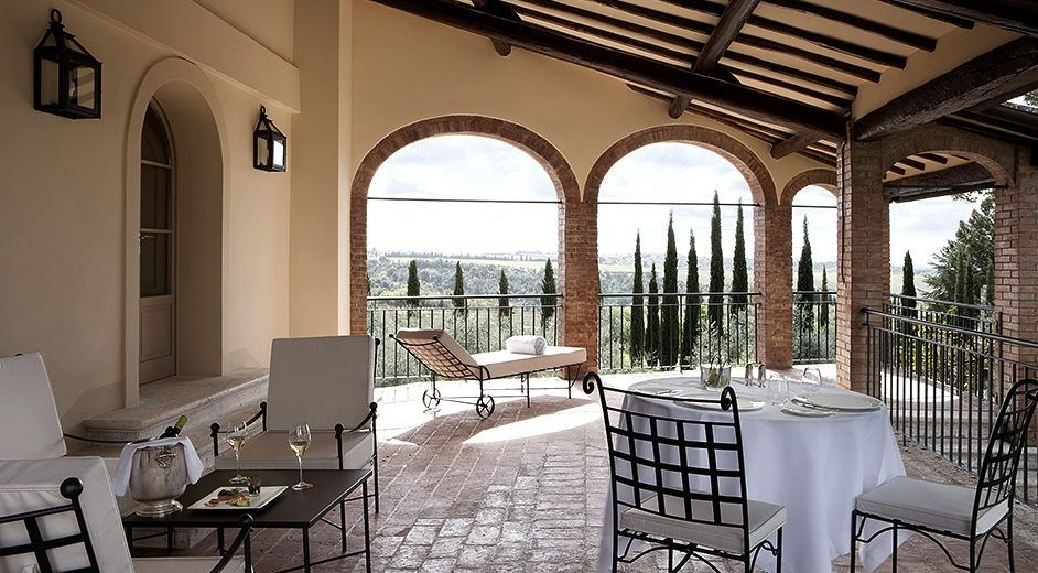 Countryside 5 Star Hotel In Tuscany With Pool Near Siena And