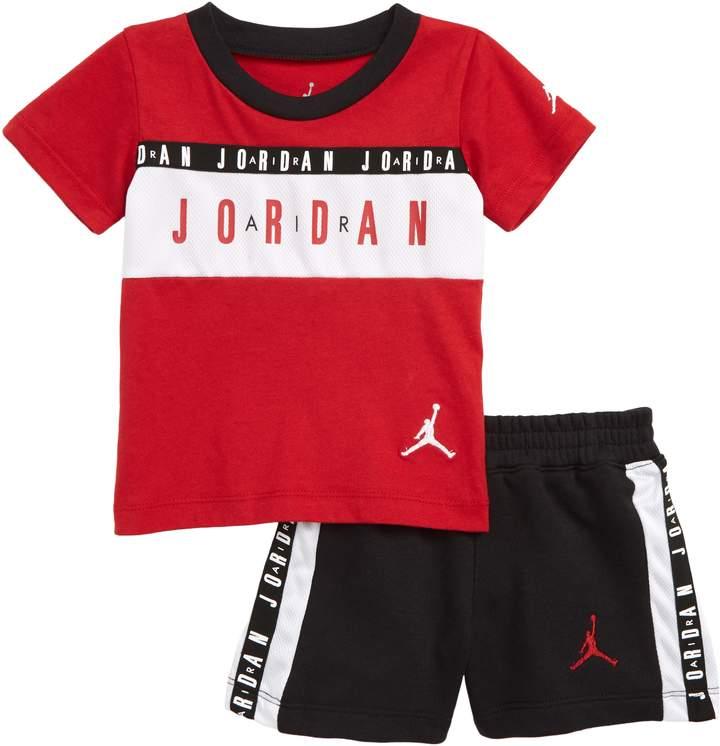 Nike Jordan Logo T-Shirt \u0026 Shorts Set