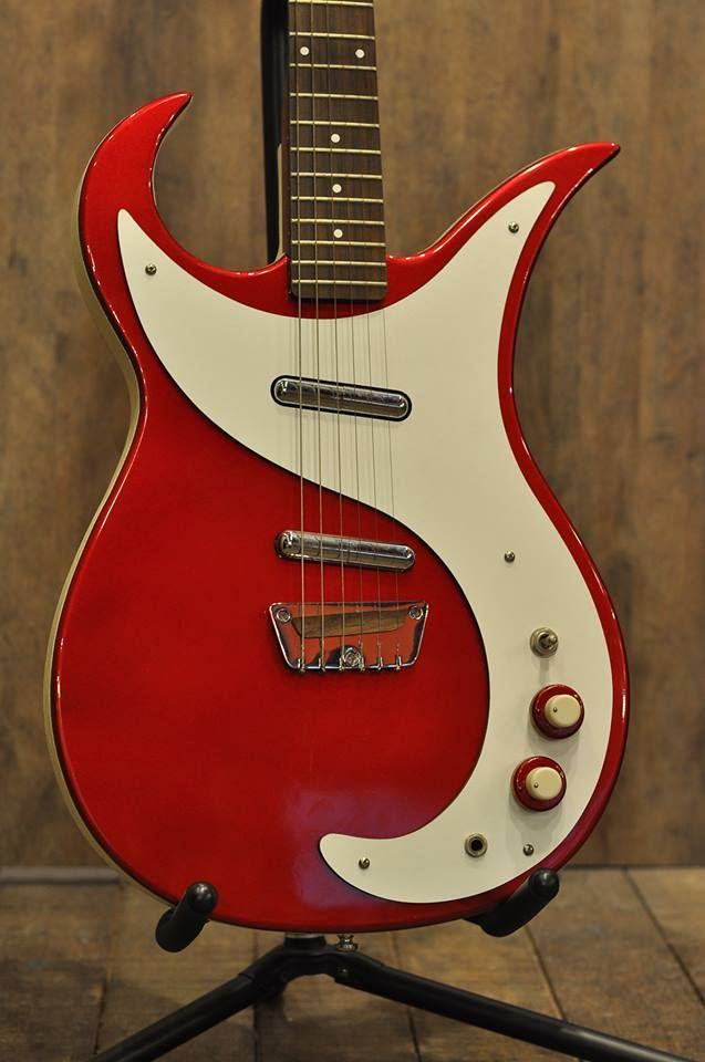 danelectro wild thing red cool guitars in 2019 guitar vintage electric guitars jazz guitar. Black Bedroom Furniture Sets. Home Design Ideas