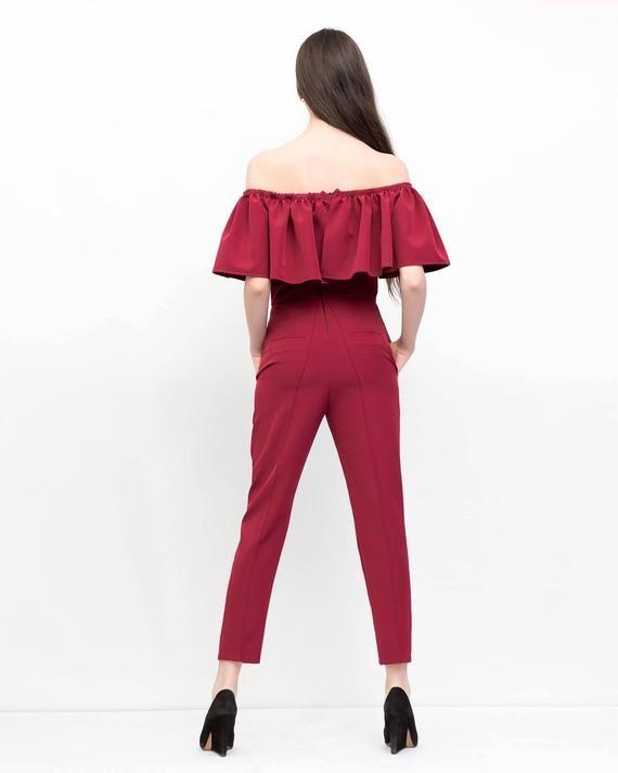 Burgundy ruffled jumpsuit. Stylish overall. Kuppers minimal clothing. Bridesmaid jumpsuit. Party jum #bridesmaidjumpsuits