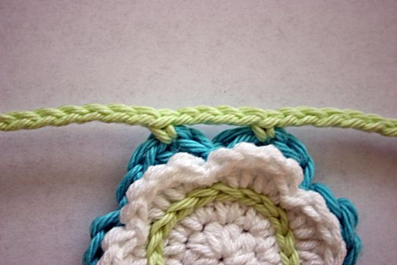 Felted Button: ::FREE Summer Flower Bunting Crochet Pattern::