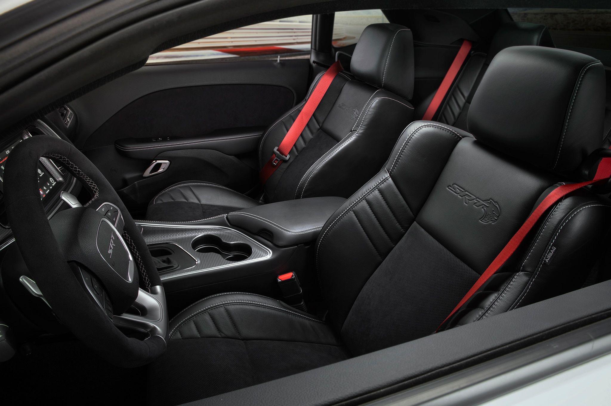 Dodge Challenger Hellcat Redeye Dodge Challenger Srt Dodge Charger Interior Dodge Challenger Srt Hellcat