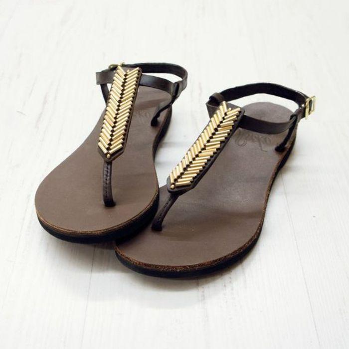 sandales plates femme en cuir noir, sandales marrons design chic