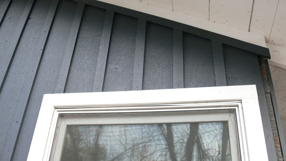 Board and batten siding with images board and batten