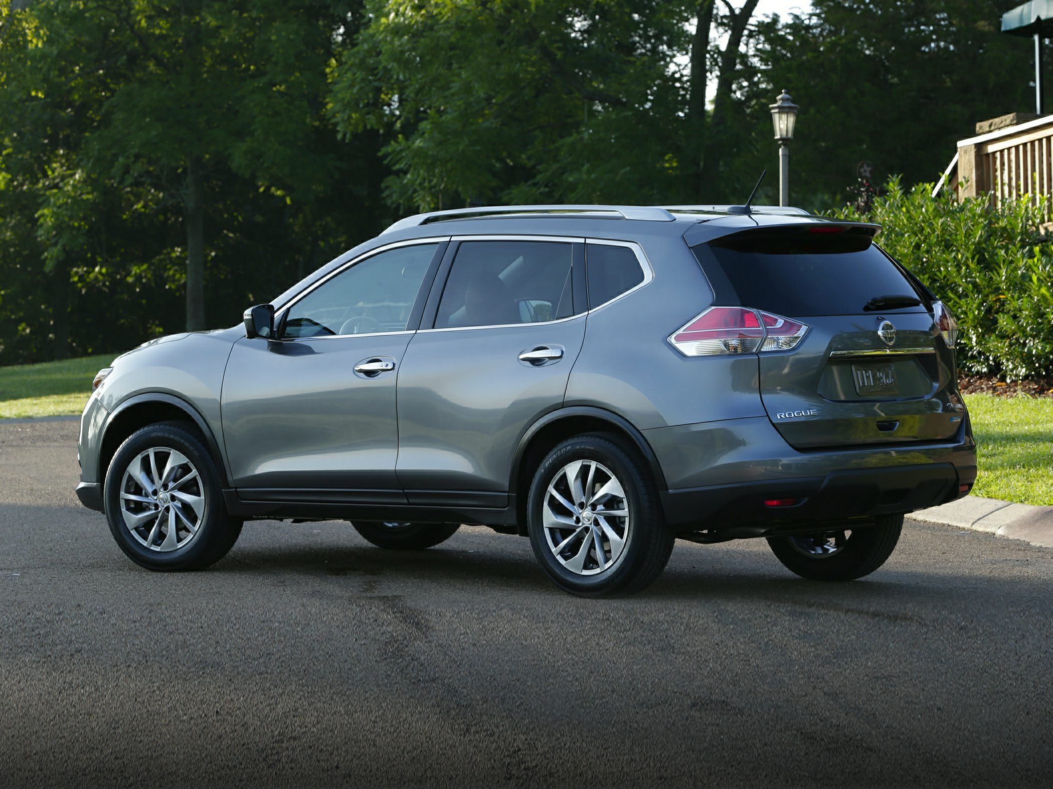 rogue on new price safety pricing payments dealer nissan and estimated invoice details features prices cars specs