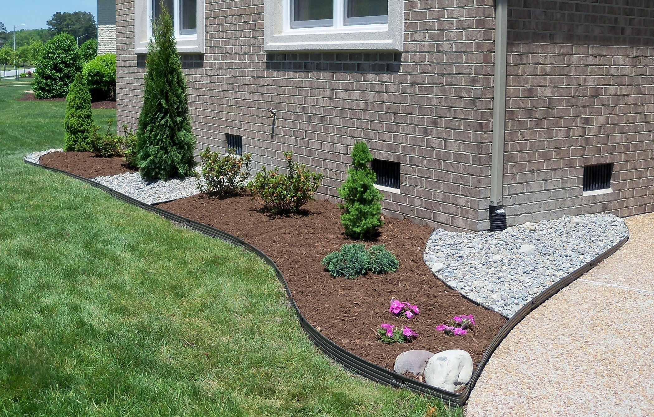 Elegant Landscaping Ideas Virginia Cn07f4 Gravel Landscaping Mulch Landscaping Front Yard Landscaping