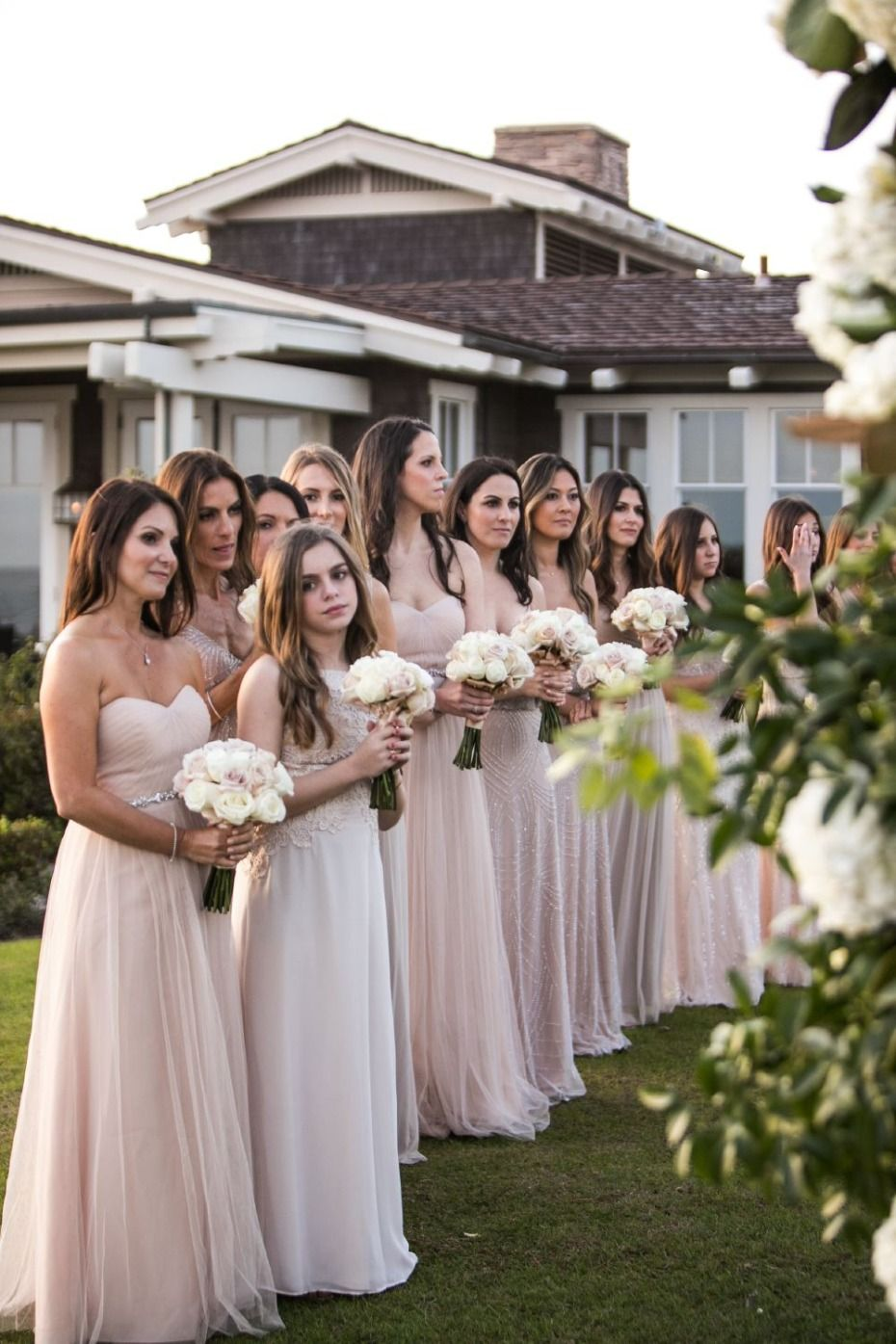 20ab399c26ac How To Turn Your All White Wedding Day Into A Glamorous Dream ...