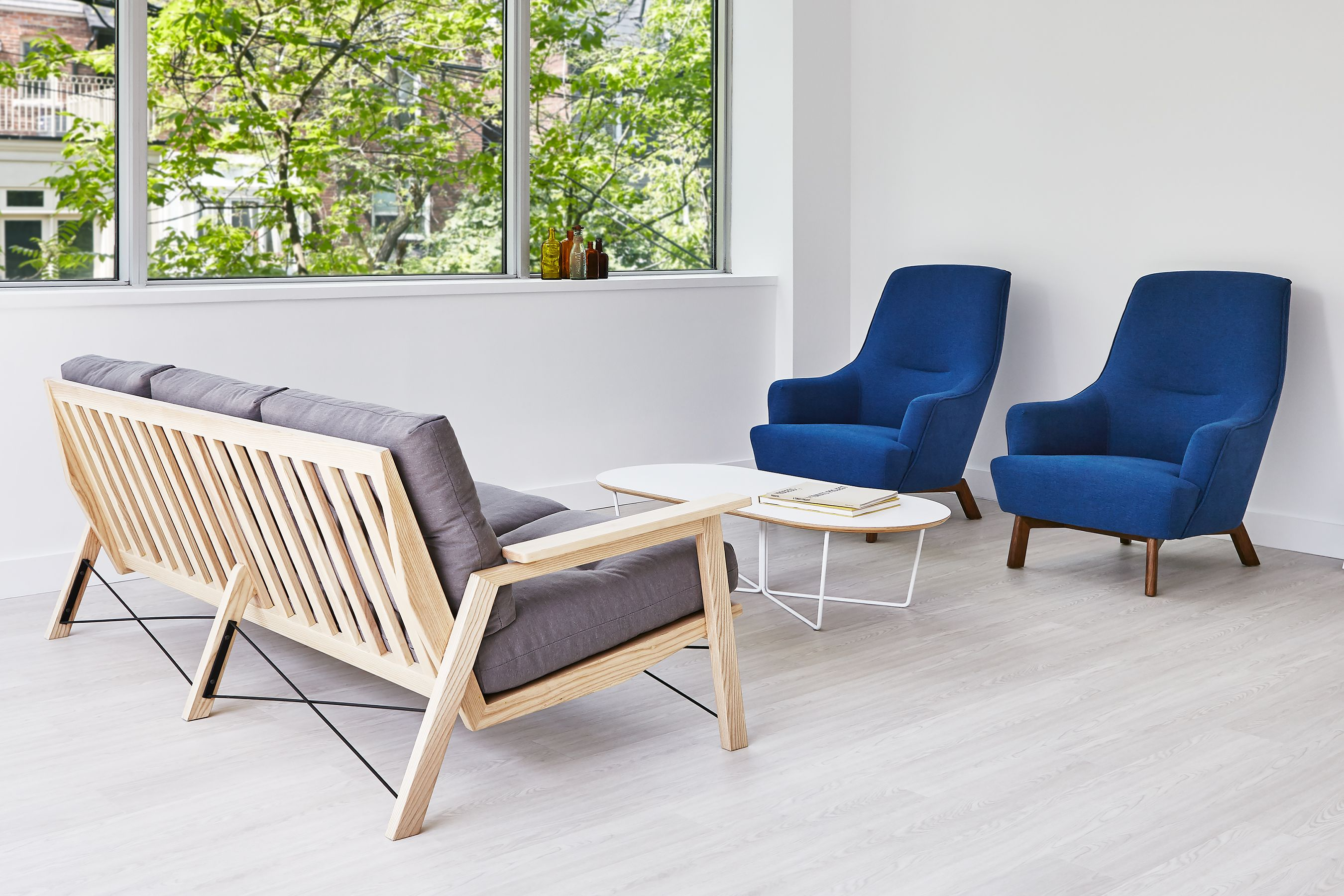 Oskar Sofa, Array Coffee Table U0026 Hilary Chairs   Gus* Modern