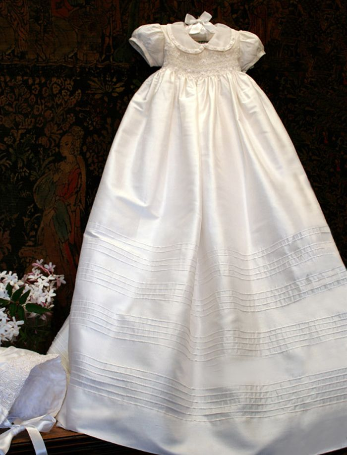 Heirloom Christening Gown   Vestidos bordados en smock   Pinterest ...