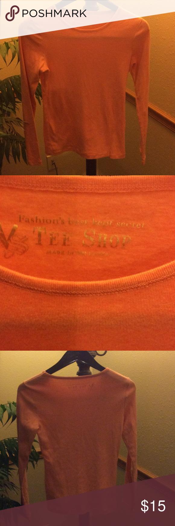 Victoria's Secret Long Sleeve Victoria's Secret long sleeve shirt in perfect condition. Victoria's Secret Tops Tees - Long Sleeve