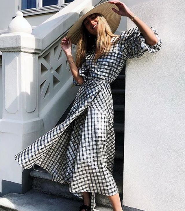 9ee88ff5099 5 Simple Outfit Ideas Perfect for a September Wedding