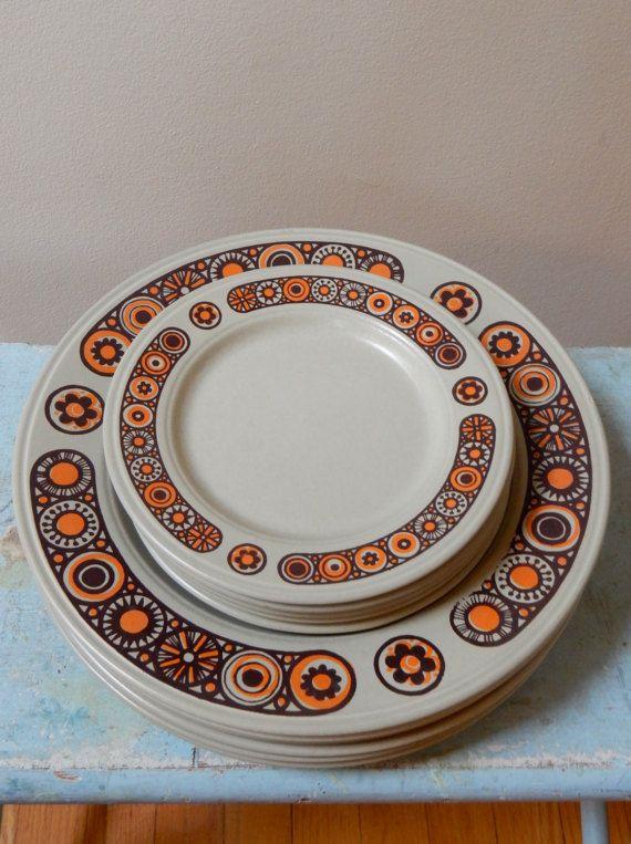 70s Kiln Craft Midas 5 BB Plates Staffordshire Potteries Ltd Ironstone England Mid Mod Brown Neon Orange Tan Flowers Perfect Condition & 70s Kiln Craft Midas 5 BB Plates Staffordshire Potteries Ltd ...