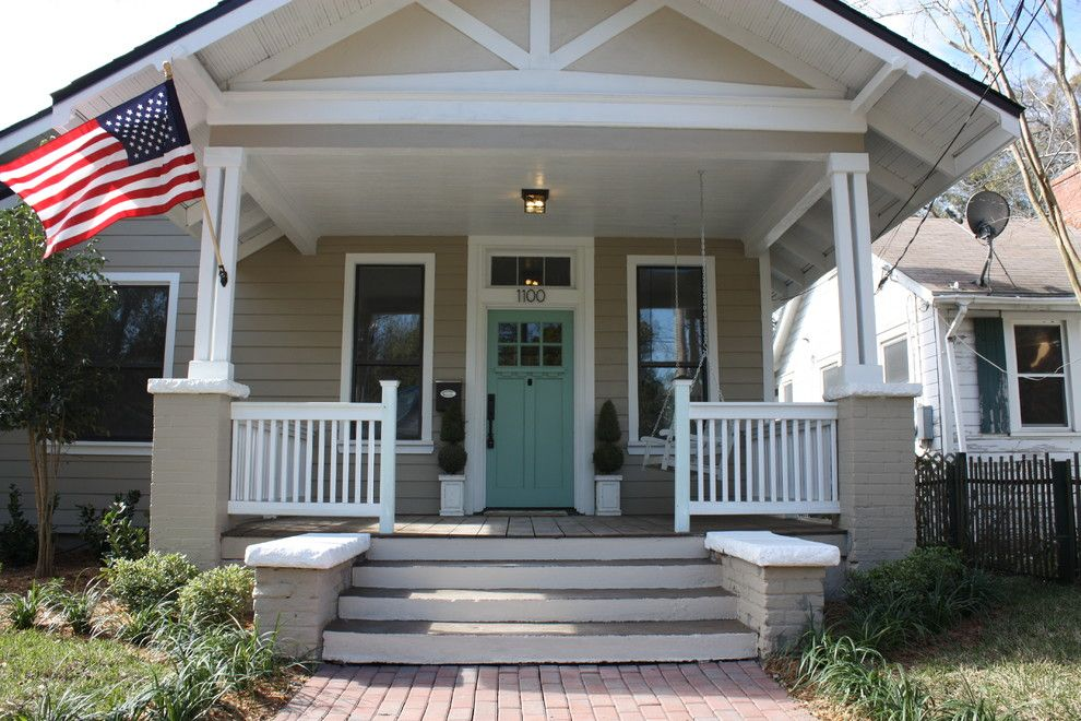 Uncovered front porch on brick house superb house front for Uncovered patio ideas