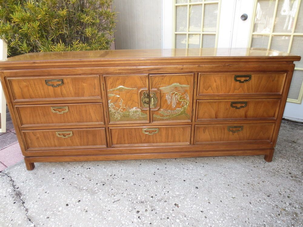 Oriental Dresser Thomasville Chinoiserie Asian Dideboard