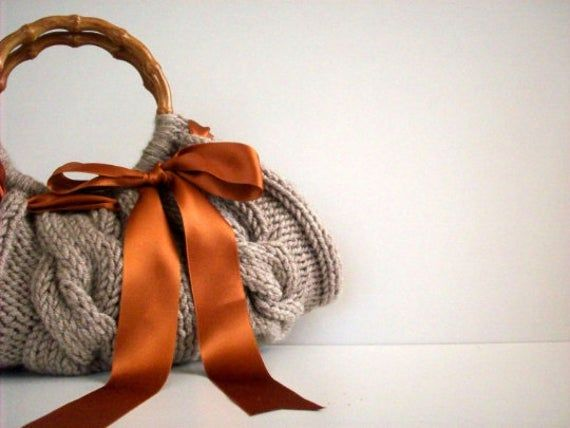 FREE EXPRESS SHIPPING; Knit Handbag NzLbags tote Handmade, Handbag, Shoulder Bag, Beige brown bow, fall autumn fashion, christmas gift idea