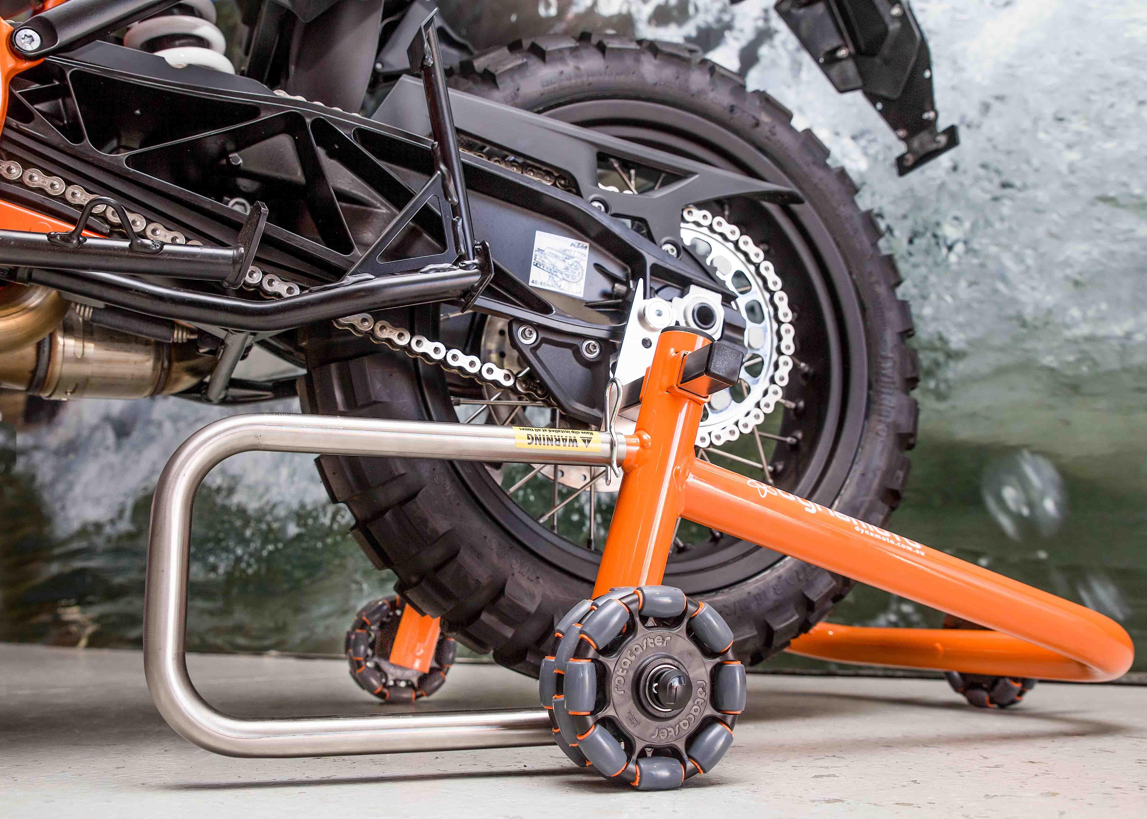 Ktm 1290 Super Adventure R Vs Dynamoto Dolly Stand Motorcycle Storage Motorcycle Super Adventure