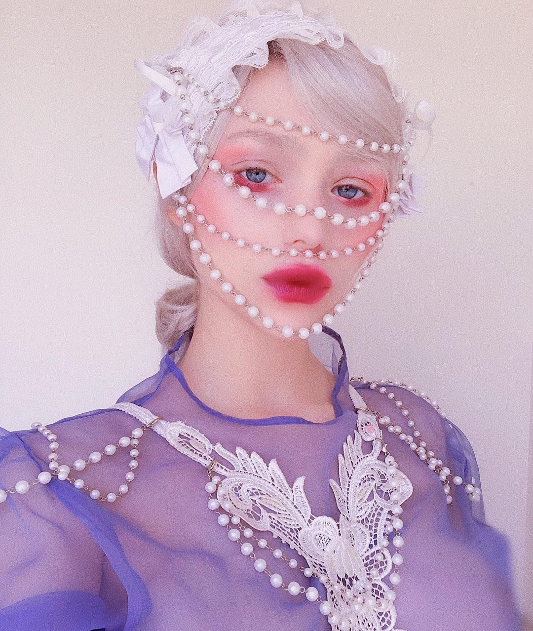I tried to create my own met gala look. It's obviously