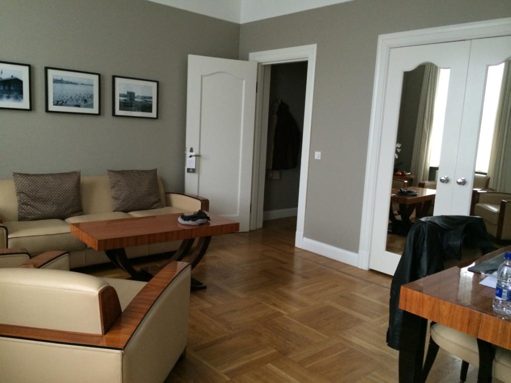 Borg Hotel Suite  Living Room