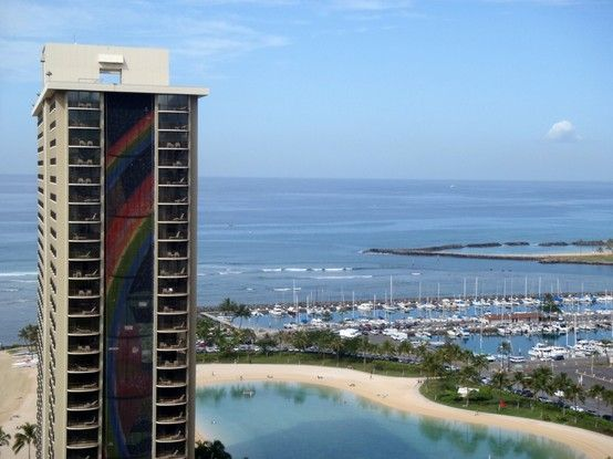 Rainbow Tower At The Hilton Hawaiian Village Hawaii Oahu