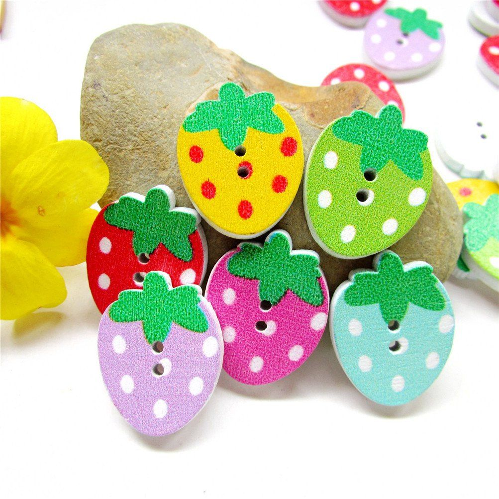 50Pcs Strawberry Shape Wood Wooden Sewing Button Craft Scrapbooking Clothe Decor