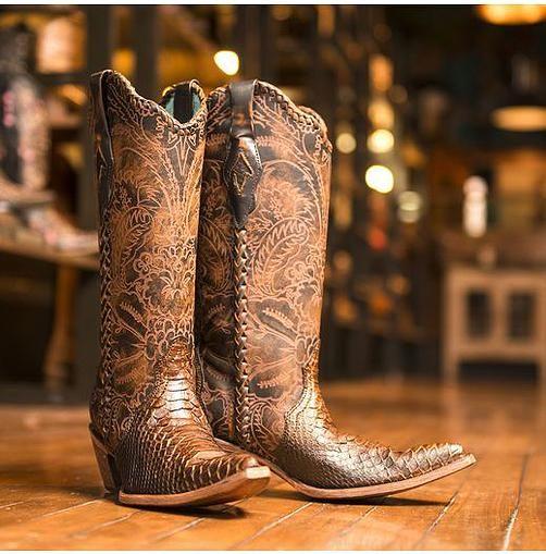 Outlaws Western Wear in San Antonio | Boots | Pinterest ...
