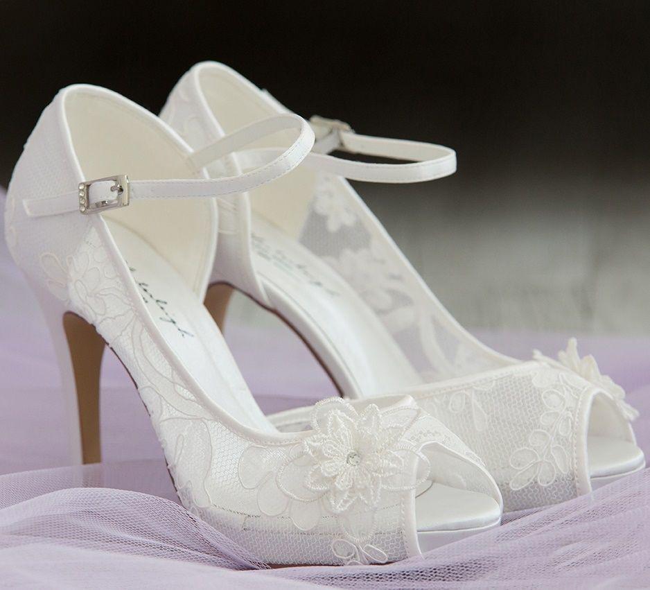 completo en especificaciones mayor descuento precio Zapatos de encaje con tacones altos muy románticos y ...