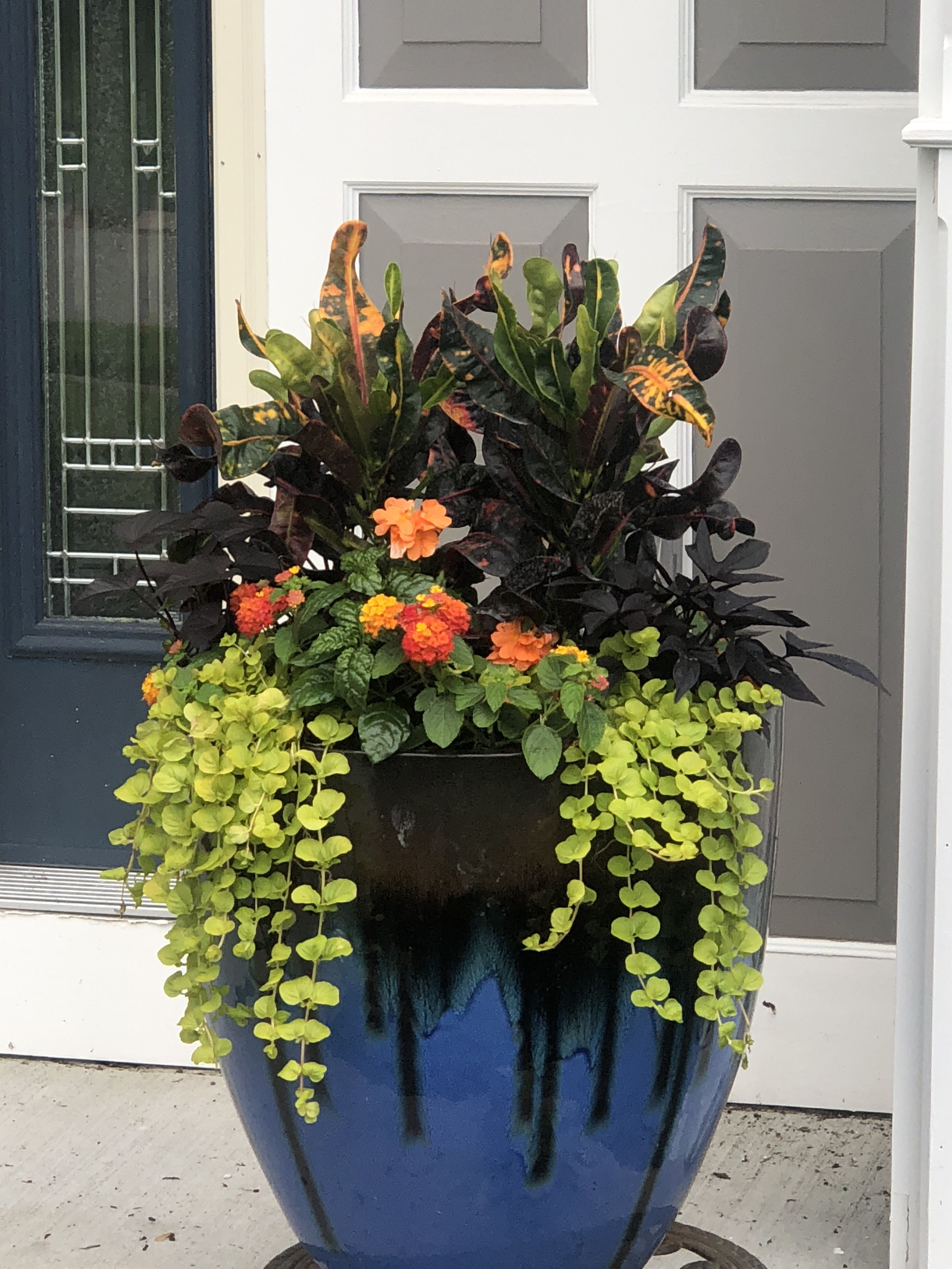 34+ Front porch summer flowers ideas