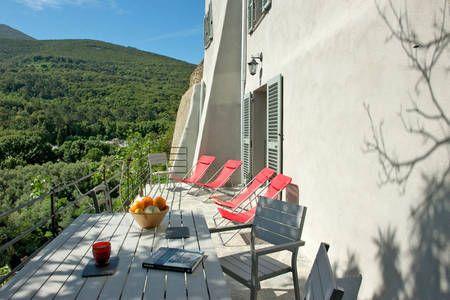 Corse  maison de charme avec vue sur mer à Luri Corsica - location maison cap d agde avec piscine