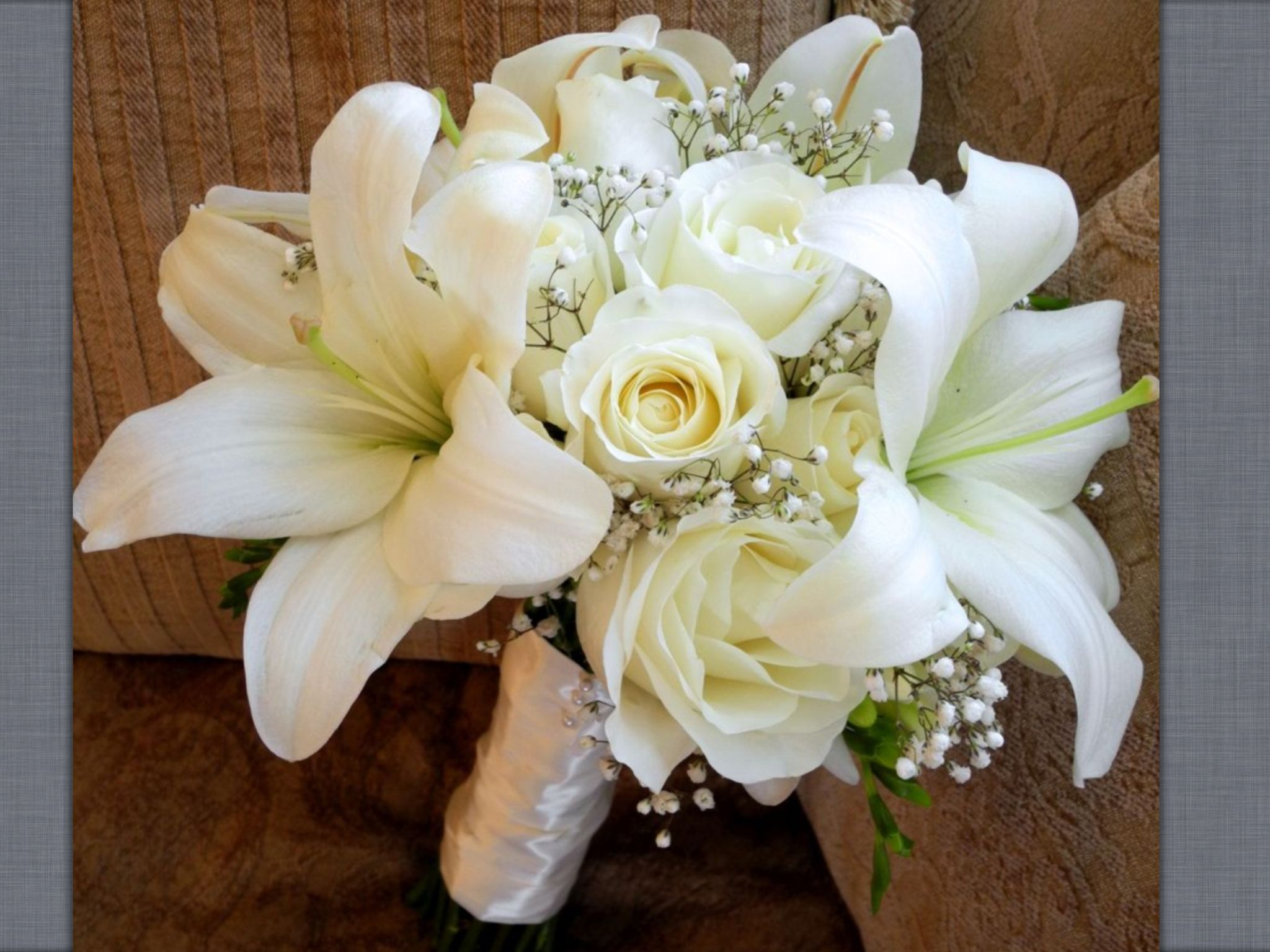 White Rose Lilly And Baby Breath Bouquet Lily Bouquet Wedding