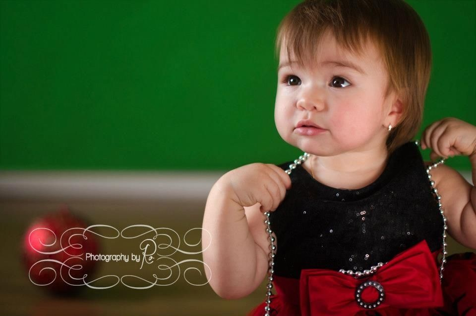 Little girl one year old Photography Christmas