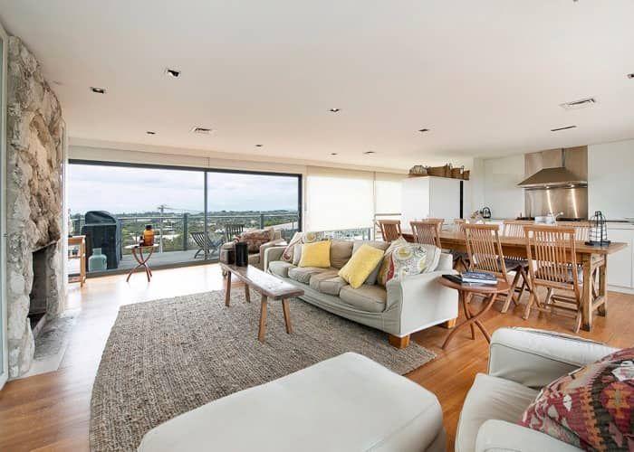 Cliffhanger - Mornington Peninsula Accommodation | Luxury accommodation, Luxury, Girls weekend