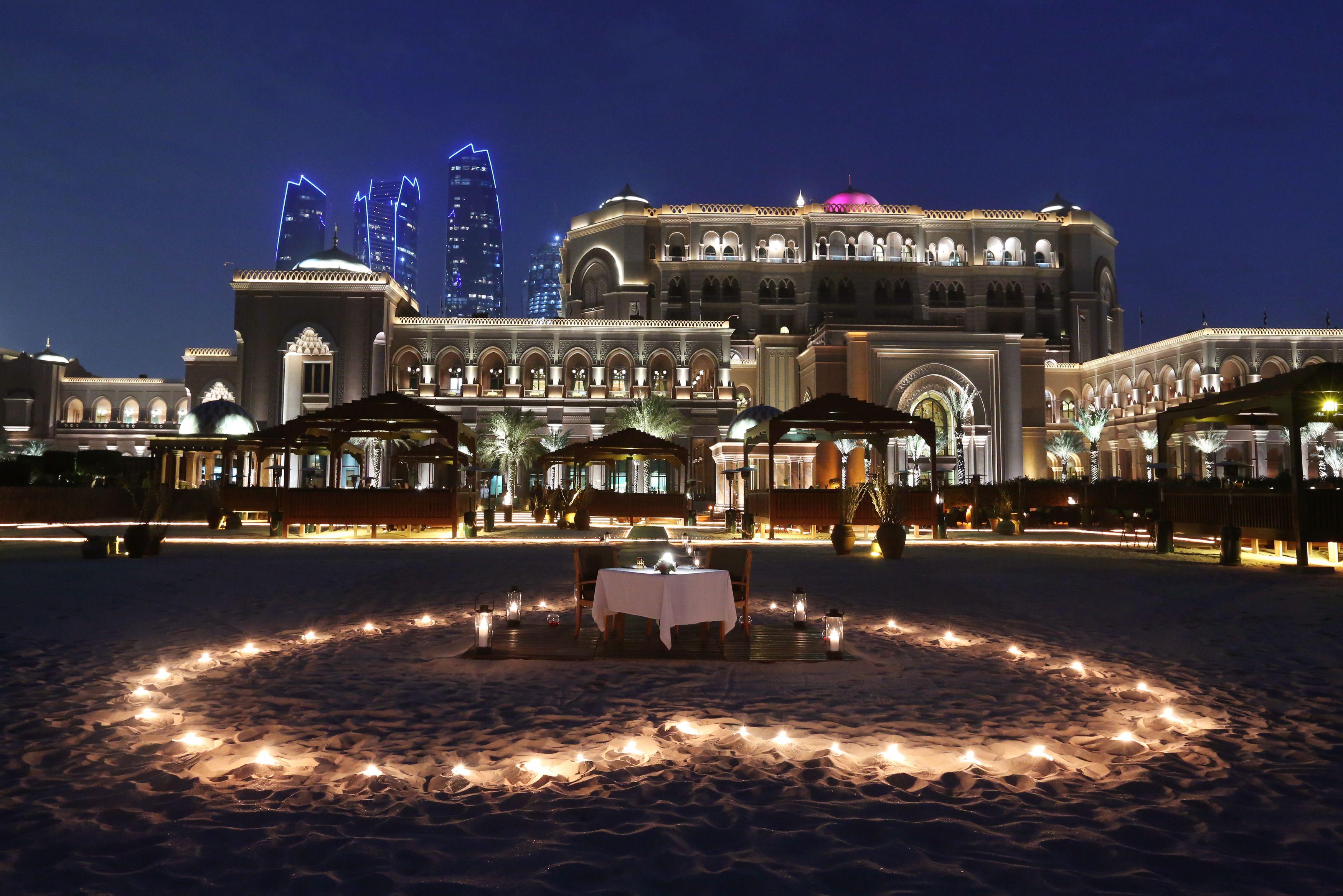 Abu Dhabi So Blindingly Rich It S Almost Sickening Weekend
