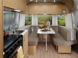 Albany RV - Airstream Flying Cloud Travel Trailer 20FB