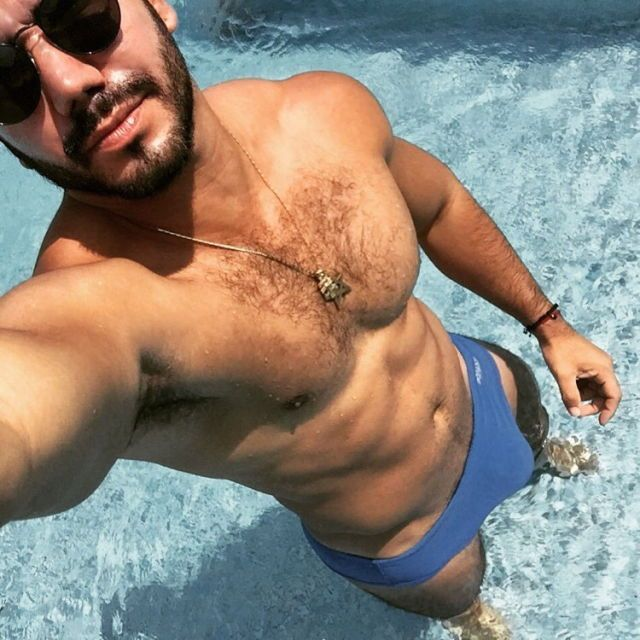 gay shemale date sites