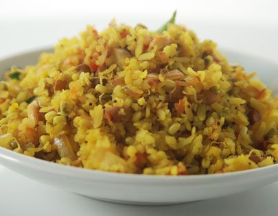 Kanda poha with sprouts and roasted peanuts maharashtrian cuisine how to make poha with mixed sprouts recipe by masterchef sanjeev kapoor forumfinder Image collections