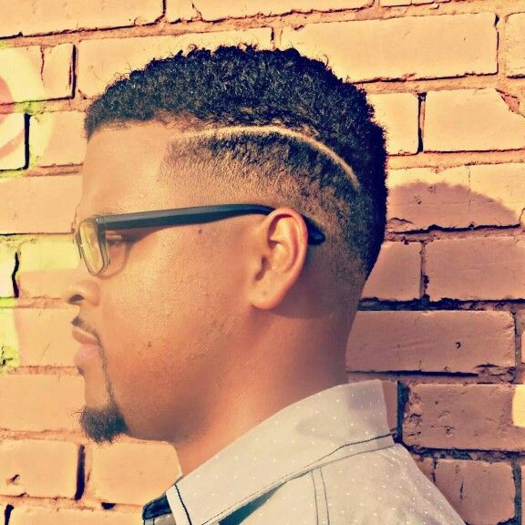 male short hair styles low fade with curved part mens haircut black 7549 | 9b4d7549a5a94fc84804ccf457bf1e27