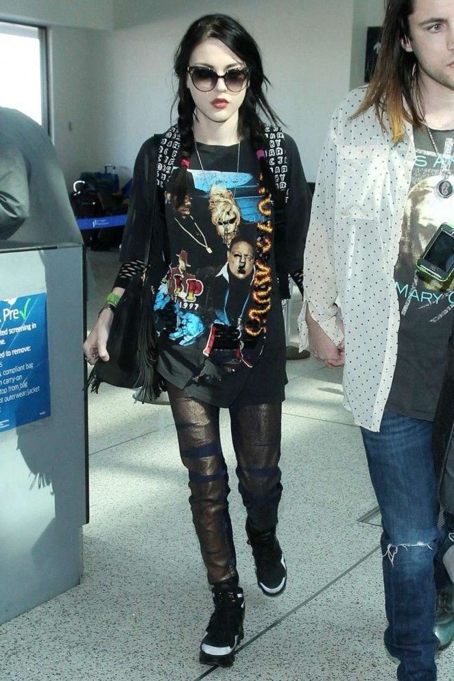 Pin By Raquel Cubillo On Fashion Inspiration Frances Bean Cobain Grunge Fashion Clothes