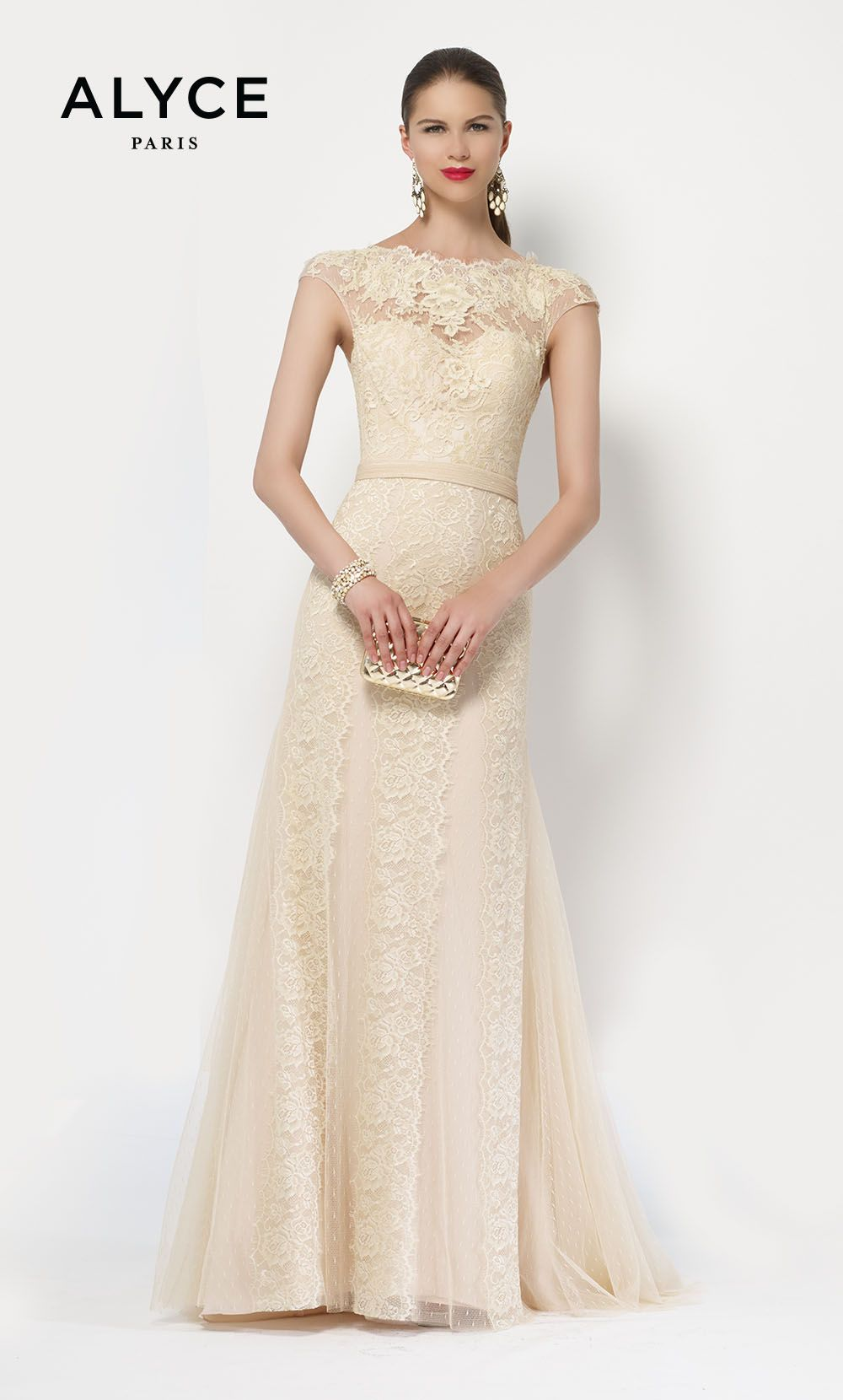 Lace wedding dress with cap sleeves sweetheart neckline  Long lace dress short capped sleeve sweetheart neckline  Winter