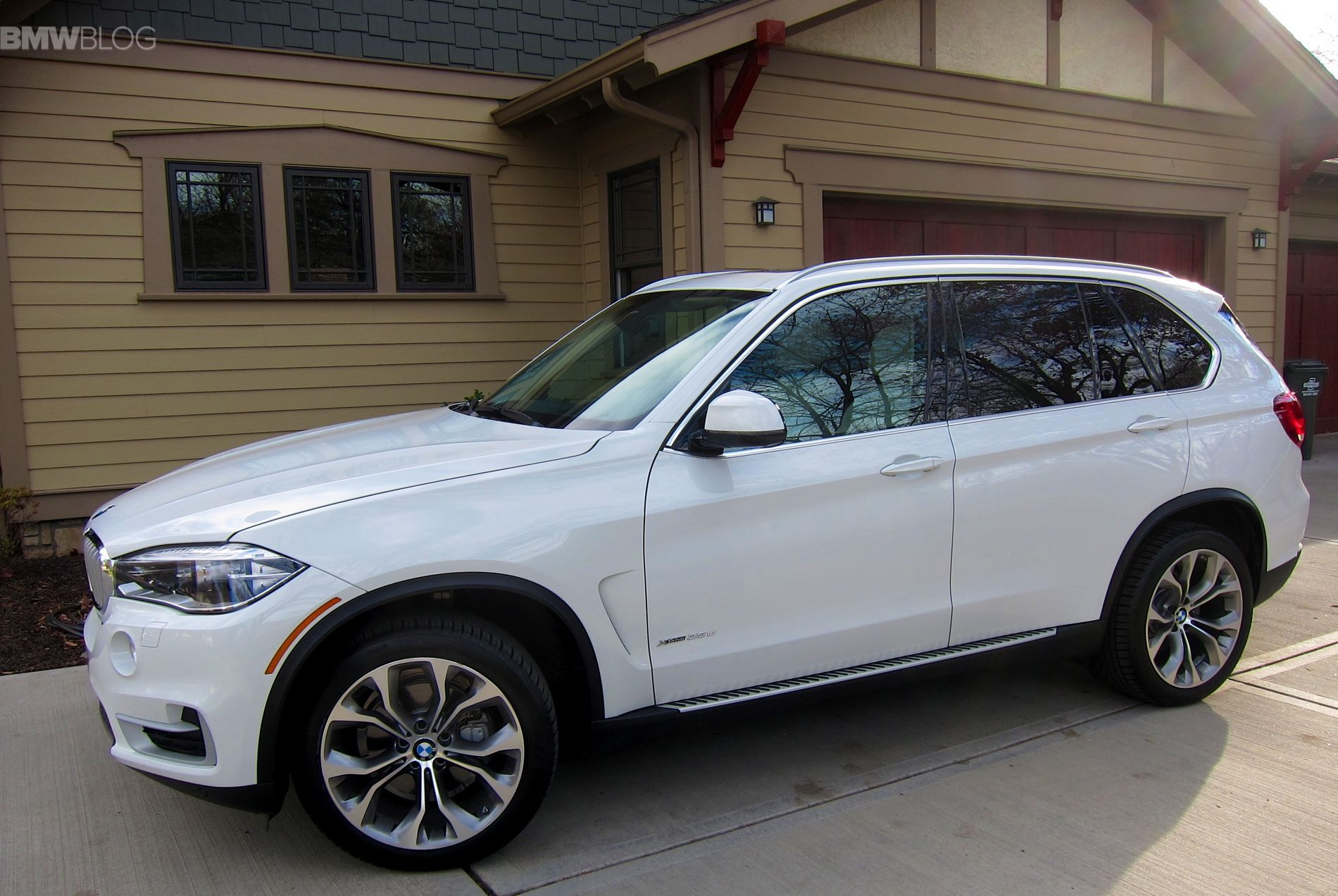 2016 bmw x5 xdrive35d undergoes minor technical updates. Black Bedroom Furniture Sets. Home Design Ideas