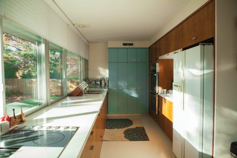 Best Gorgeous Mid Century Modern Galley Kitchen And Kitchen Old 400 x 300