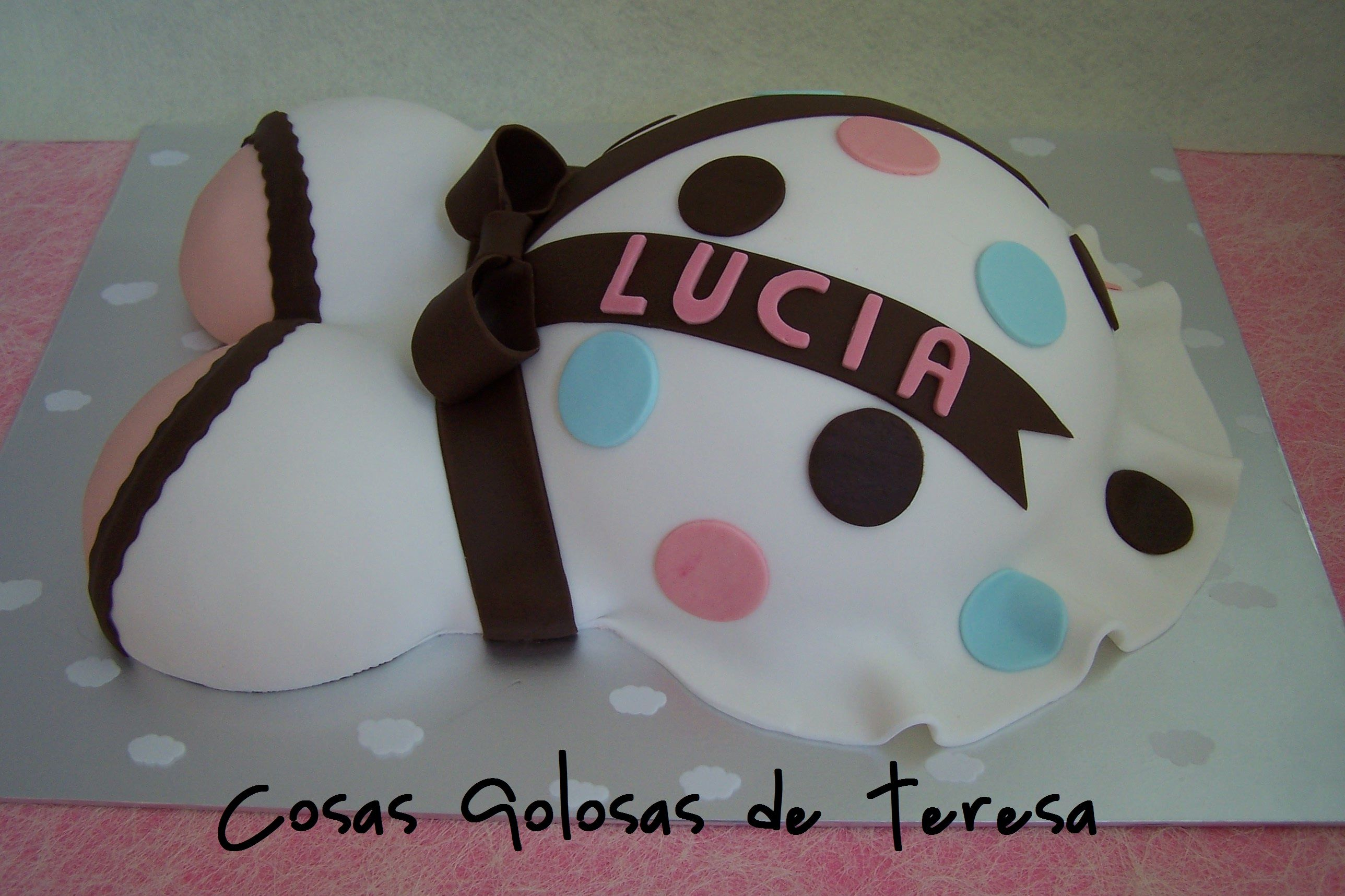 Tarta Embarazada https://www.facebook.com/cosasgolosas.deteresa/media_set?set=a.1414405235442572.1073741871.100006193266770&type=3