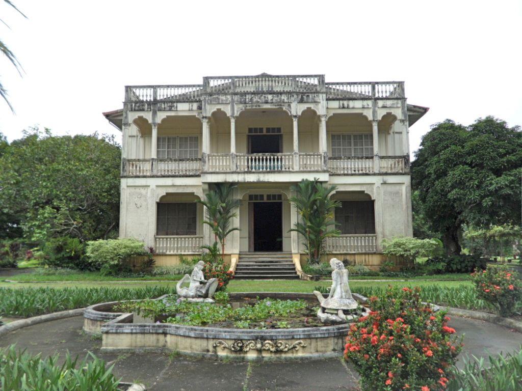 Gaston mansion