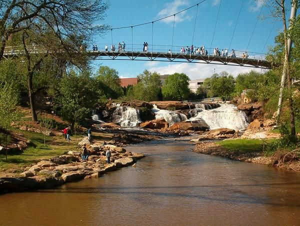Greenville Sc Features A Wonderful Bridge And Park In The Center Of Downtown