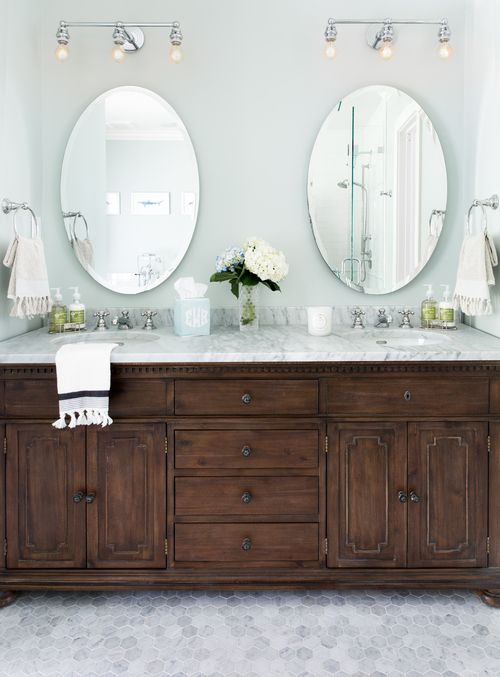Well Appointed Bathroom Is Equipped With A Restoration Hardware St.