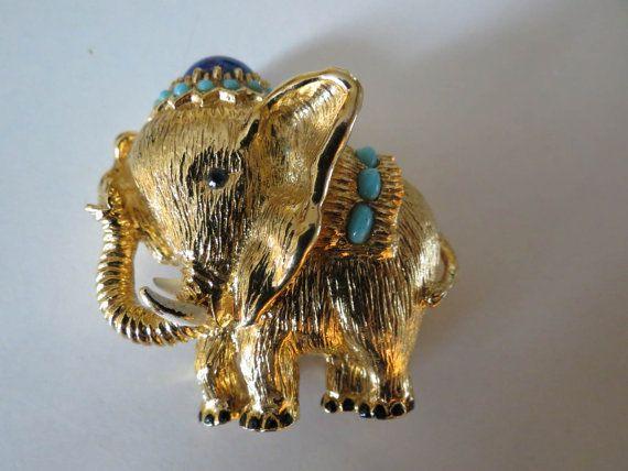 Panetta Circus Elephant Brooch / Pendant W/ by DecatiqueStudios, $55.00
