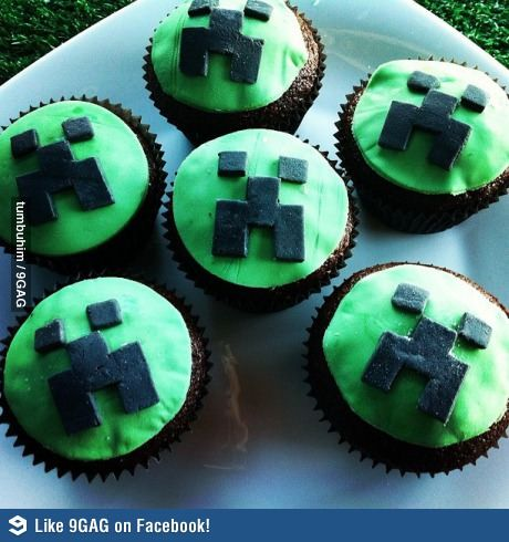 Minecraft Cupcake | Taylor and Joshua | Pinterest ...