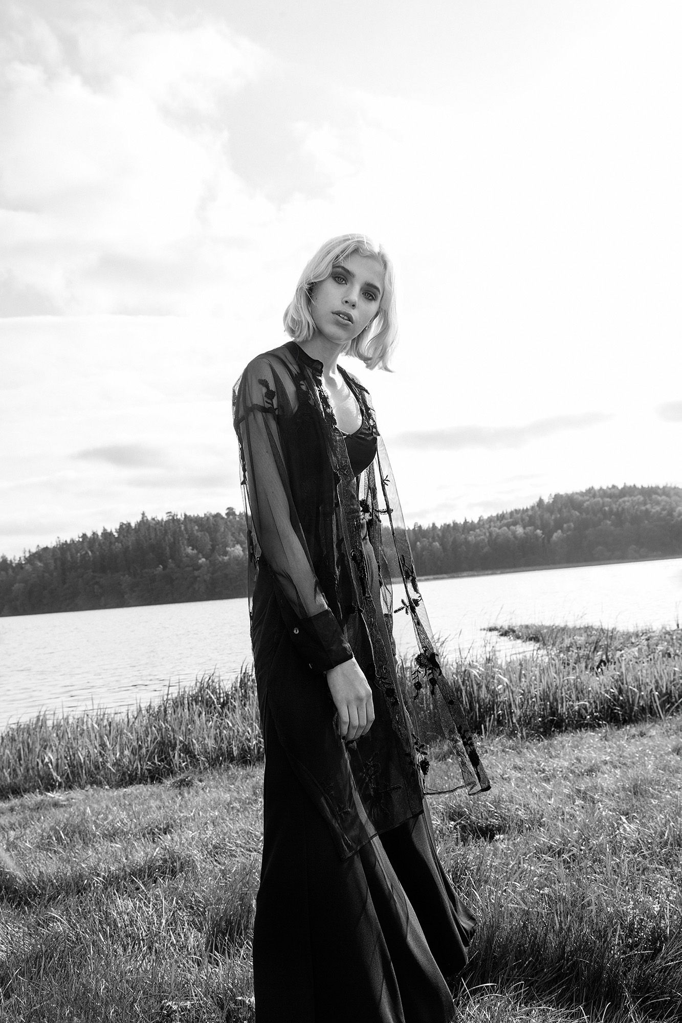 ELVIRA / EMMA GRIPENROT | FASHION/EDITORIAL | Magazine