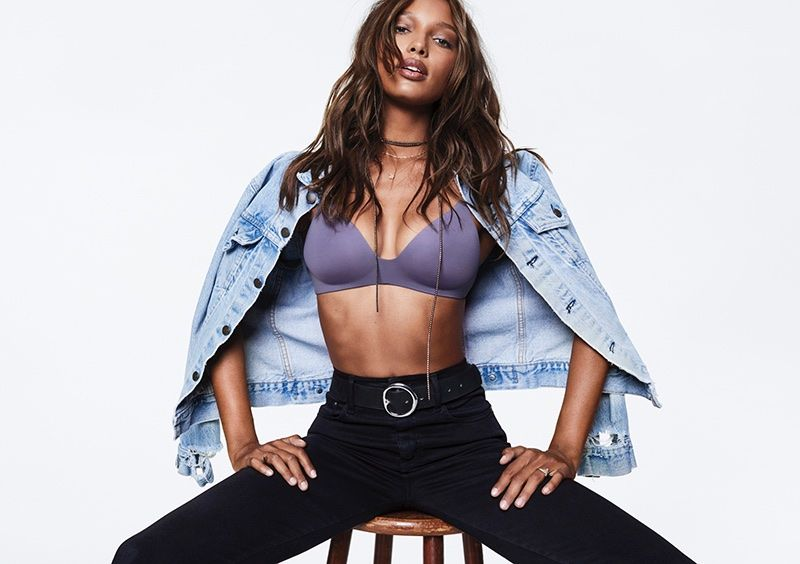 06373fd113 Jasmine Tookes poses in Victoria s Secret lightly lined wireless bra