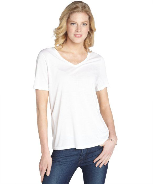 $23 Three Dots white stretch v-neck short sleeve top